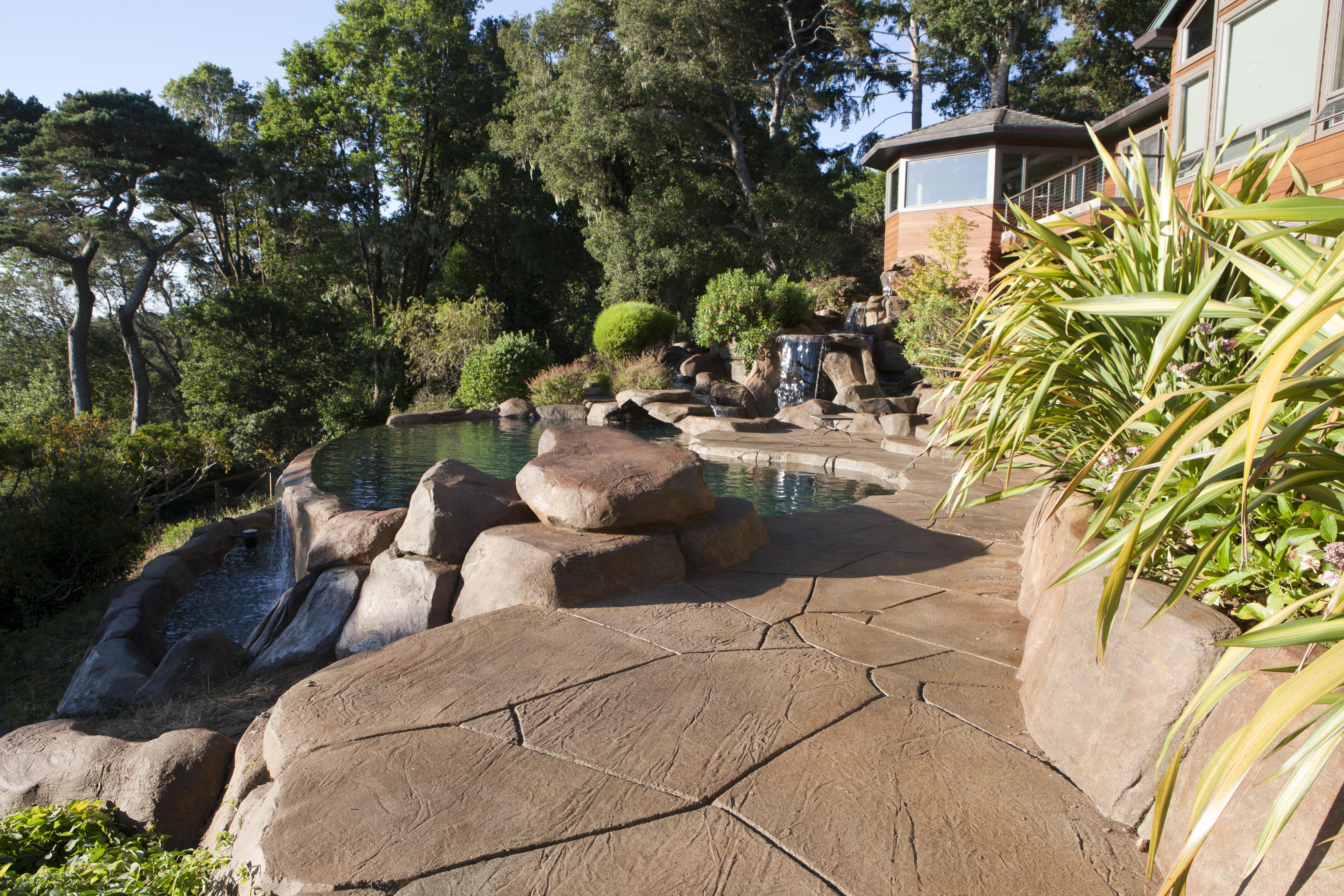 Bay Swimming Pool – Gary McDonald and Son Inc.
